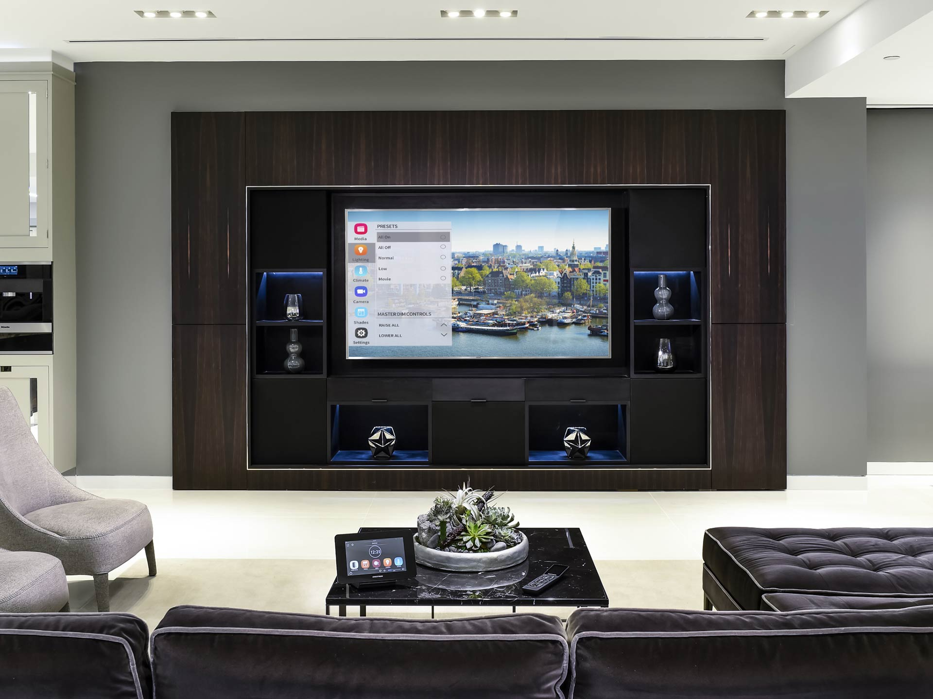 custom home theater design call kiwi audio visual. Black Bedroom Furniture Sets. Home Design Ideas